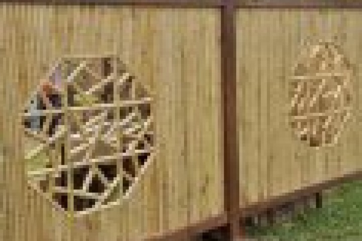 Pool Fencing Bamboo fencing 720 480